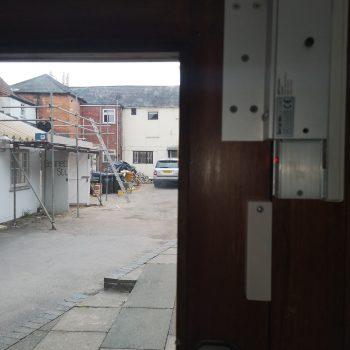 Door magnets for door entry